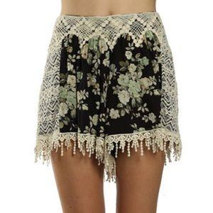 RYU Crochet Trim Floral Print Shorts